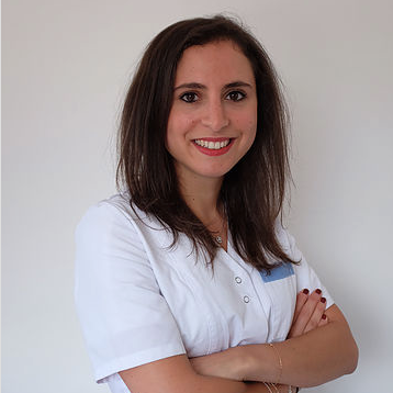 Laura Sadone, Dentist in South-West London